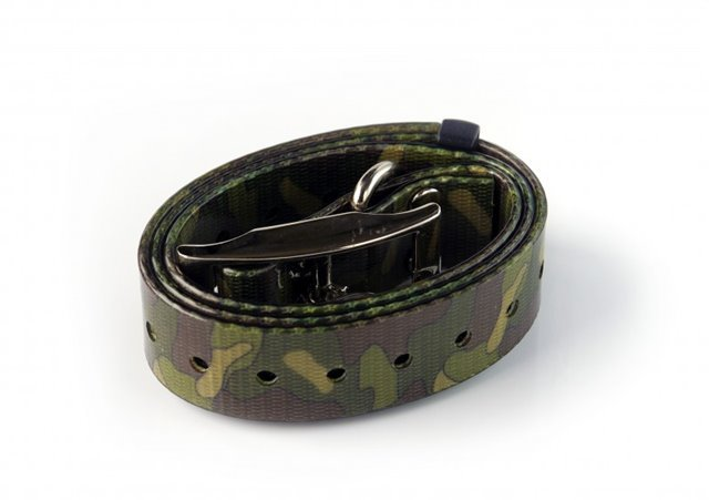 COLLARE IN PLASTICA CON FIBRE INTERNE  25 mm x 70 cm CAMO VERDE